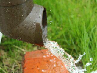 Jak-zbierac-i-wykorzystac-wode-deszczowa